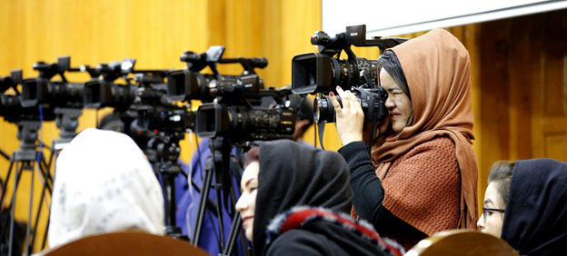 Is Press Freedom Incompatible with Gender Empowerment?